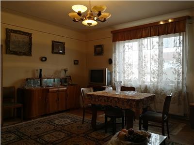 Apartament la vila de vanzare Sibiu zona Sub Arini