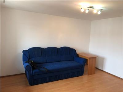 Apartament 3 camere de vanzare la mansarda in Sibiu zona Ciresica
