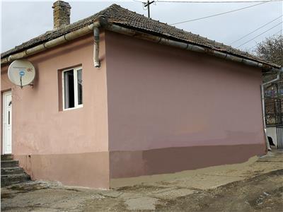 Apartament cu 2 camere la casa de vanzare in Viile Sibiului
