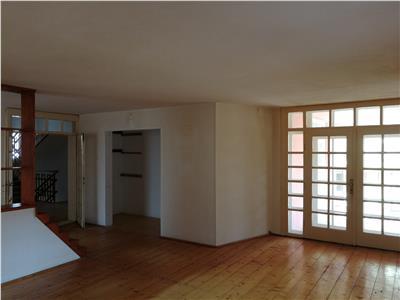 Casa individuala de vanzare in Sibiu zona Strand