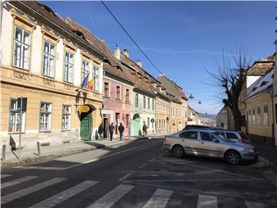 Casa pretabila Pensiune de vanzare in Centru Istoric Sibiu