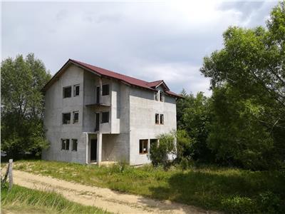 Pensiune de vanzare in Sibiu zona Rasinari