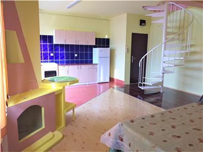 Apartament 3 camere la mansarda de inchiriat zona Rahovei Sibiu