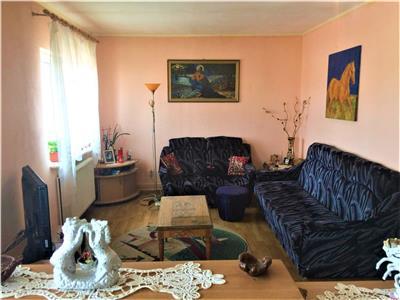 Apartament 3 camere de vanzare la mansarda in Sibiu zona Hipodrom III