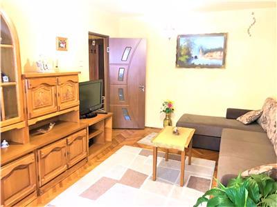 Apartament 3 camere de inchiriat Sibiu zona Scoala de Inot