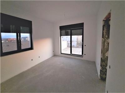 Apartament 4 camere in vila de vanzare Selimbar