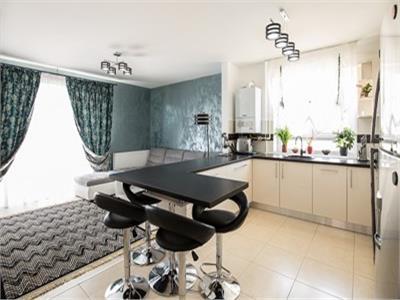 Apartament 3 camere de vanzare in Ansamblul Avangarden 3