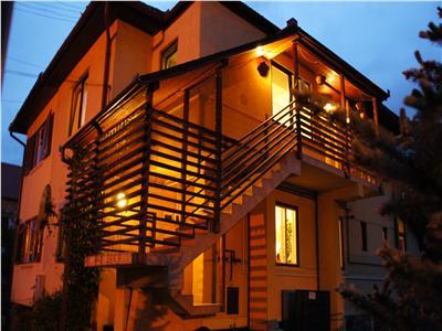 Casa  duplex de vanzare in Sibiu zona C. Dumbravii