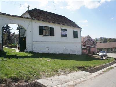 Casa la tara de vanzare in Sibiu