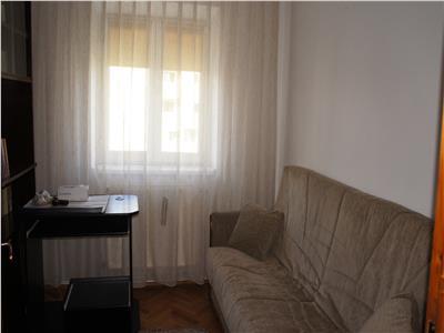 Apartament de inchiriat 3 camere in Sibiu zona B-dul Victoriei