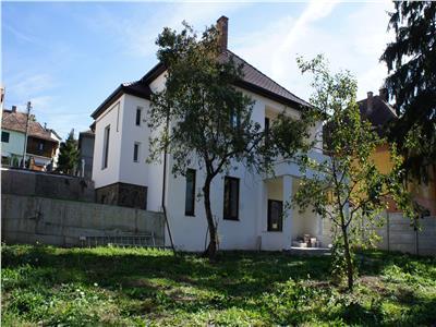 Casa individuala de vanzare in Sibiu zona Strand1