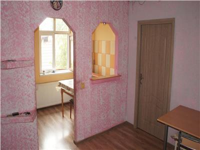 Apartament la casa 5 camere de vanzare in Sibiu zona Piata Cluj