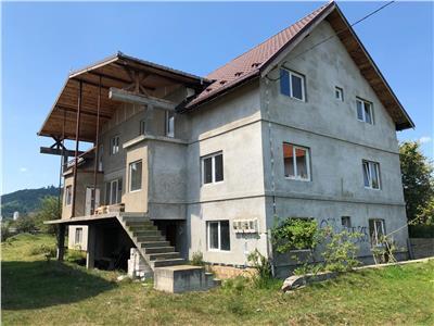 Pensiune de vanzare  Sibiu-Saliste