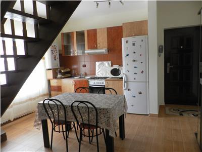 Apartament 3 camere de inchiriat la mansarda in Sibiu zona Terezian