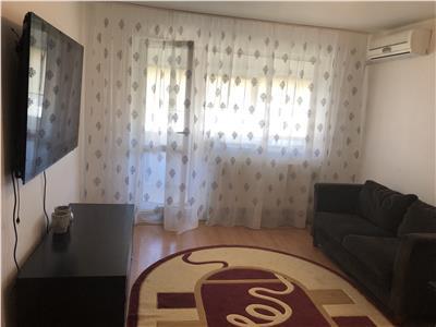 Apartament 3 camere de inchiriat in Sibiu zona Piata Rahova